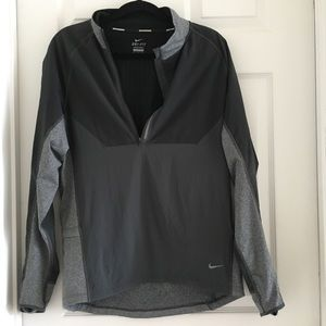 Nike men's running jacket dri-fit small